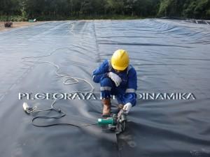 Georaya Installer HDPE